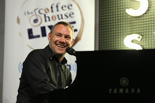 "David Gray Performs Private Concert For SiriusXM At The Sonos Studio In Los Angeles; ""SiriusXM's Coffee House Live With David Gray"" To Air On SiriusXM's Coffee House Channel"